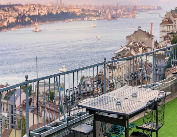 GREAT BOSPHORUS VIEW PRIVATE TERRACE/Classy FLats