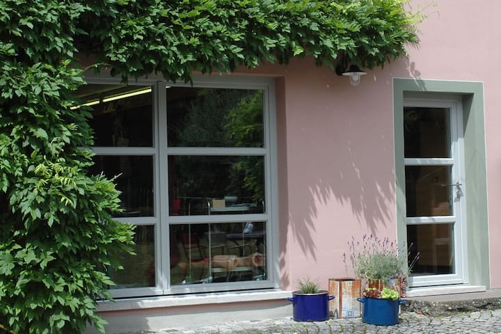 Zimmer im Künstlerhaus in Blaubeuren