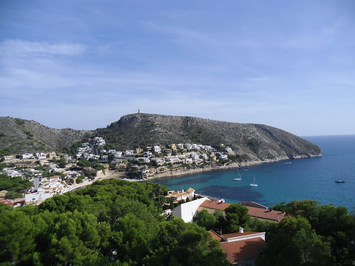 Lovely apartment in Moraira with superb views