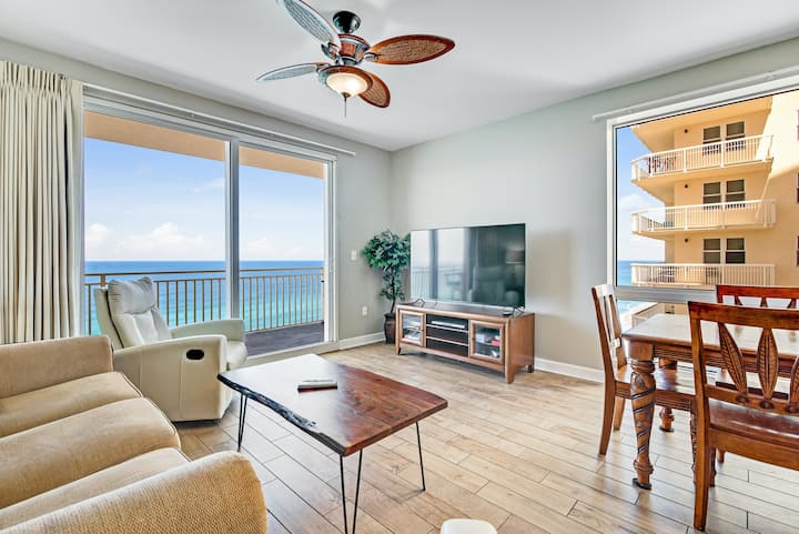 Gulf-view condo in beachfront resort w/ shared pools, hot tub & water park!