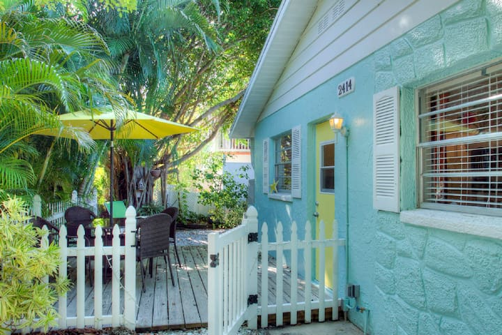 Anna Maria Island Beach Villa(East)