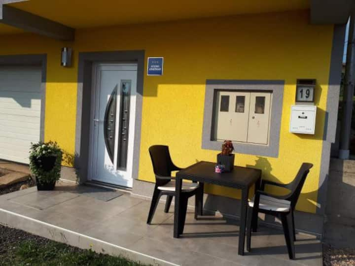 Studio apartment Krznaric