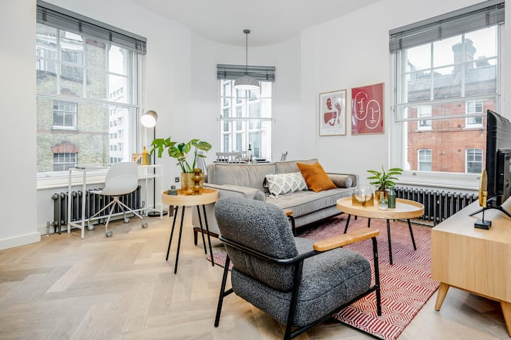STAY&CO- Spacious 2 Bedroom Apt in Newman Street