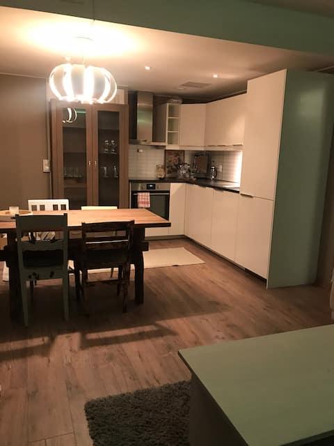 Fin leilighet midt i Oppdal sentrum!