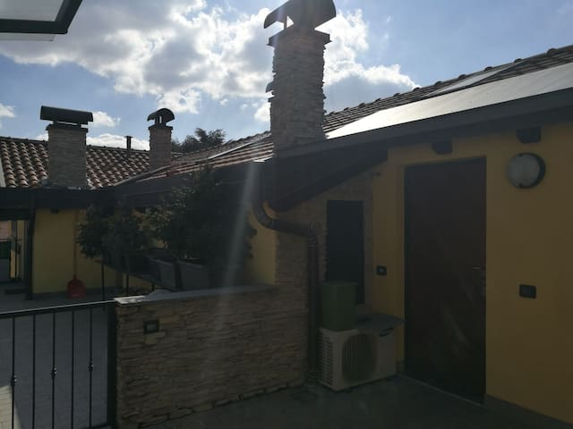 Two rooms flat connected to Malpensa and Milano - Busto Arsizio - Apartamento