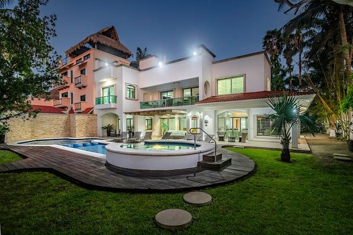 Paradise Beach Villa Santa Pilar