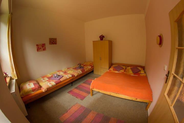 Rodinný čtyřlůžkový pokoj ve Vimperku