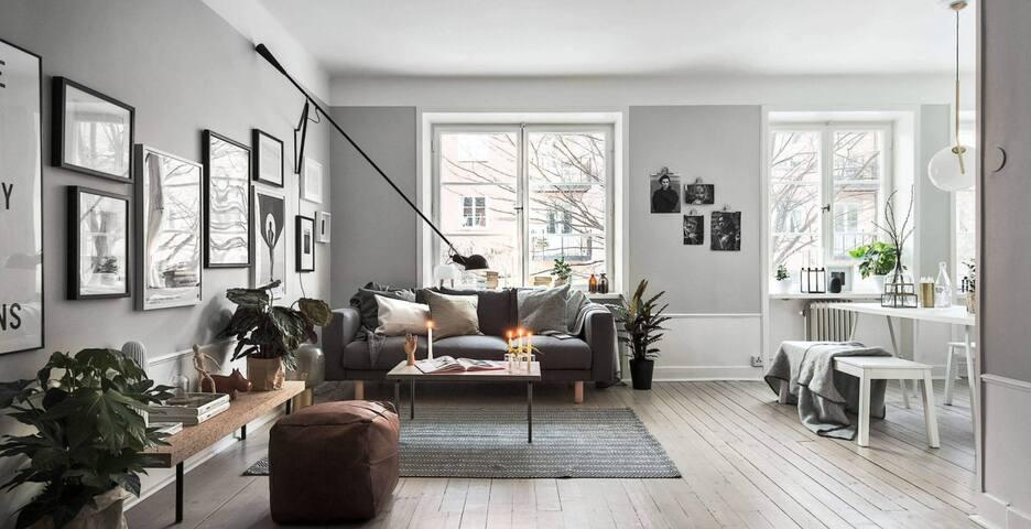 Medium Apartment in Aldgate East