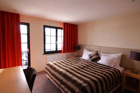 Appartement 2 1/2 au Champoussin Lodge