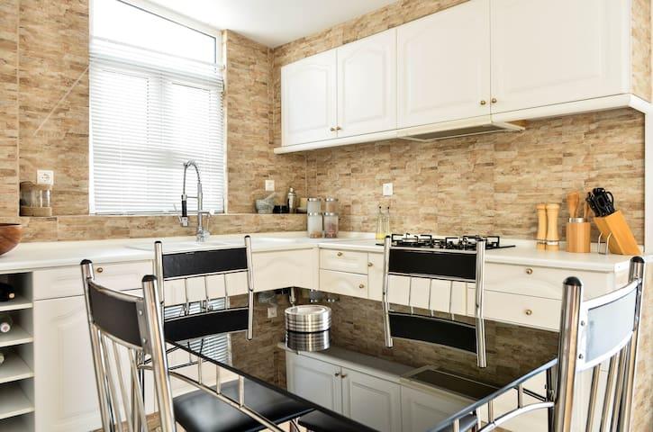 Stylish Penthouse - Glifada - Apartment