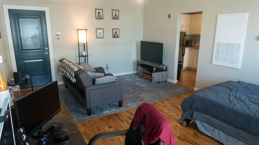 Convenient studio Apt in downtown Tulsa - Tulsa - Apartamento