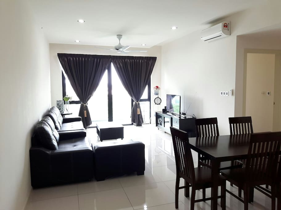 Spacious & relaxing living room with cable tv and wifi. Little ones loved to sleep on this sofa after a long day.