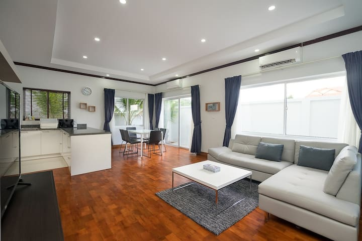 Luxury Contemporary Home, Melbourne Residence