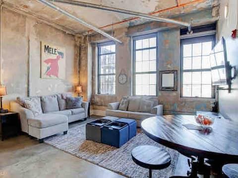 Cozy Downtown Studio near UT/Downtown/Gay w/K&Qbed