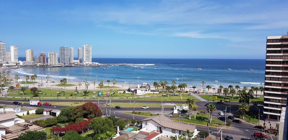Frente a Playa Cavancha,Edificio Marina Golf