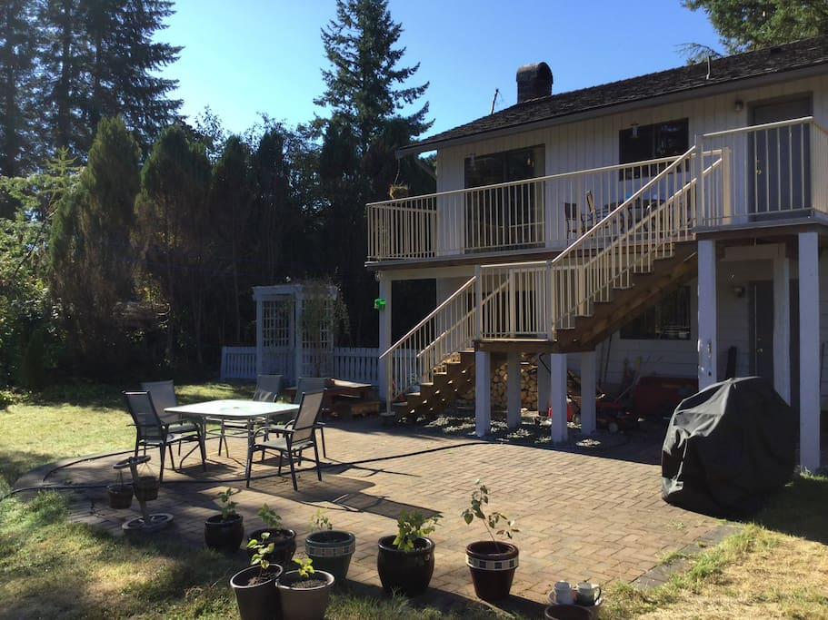 Upper and lower back patio