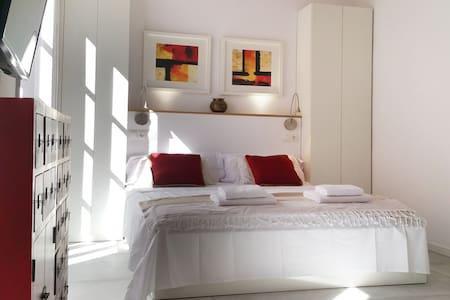 RED SPOT - València - Apartemen