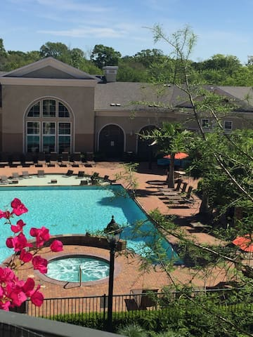Resort Style Living! - Baton Rouge - Huoneisto