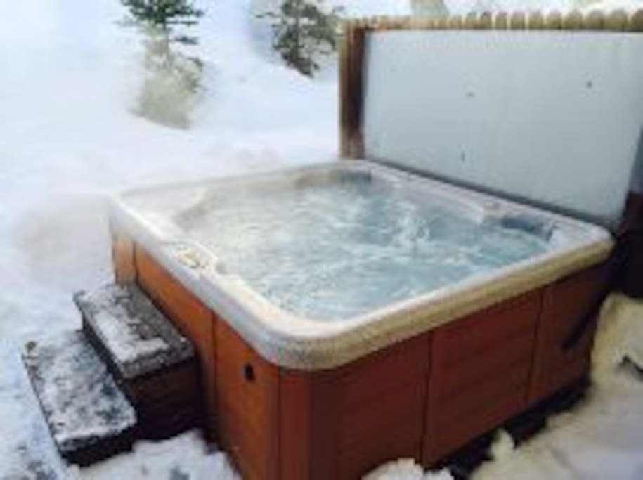 The private hot tub!