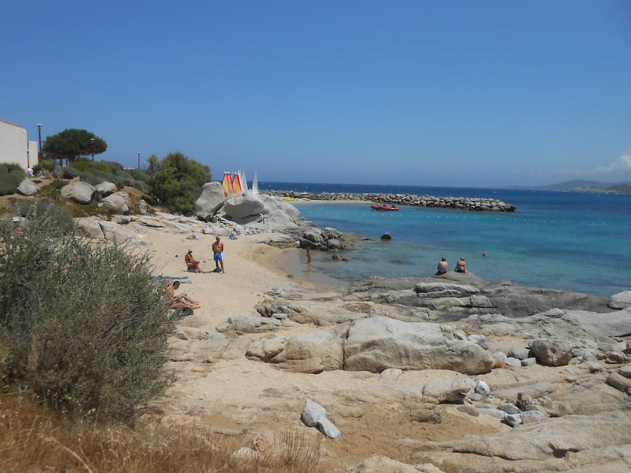petite plage dite du Club Med
