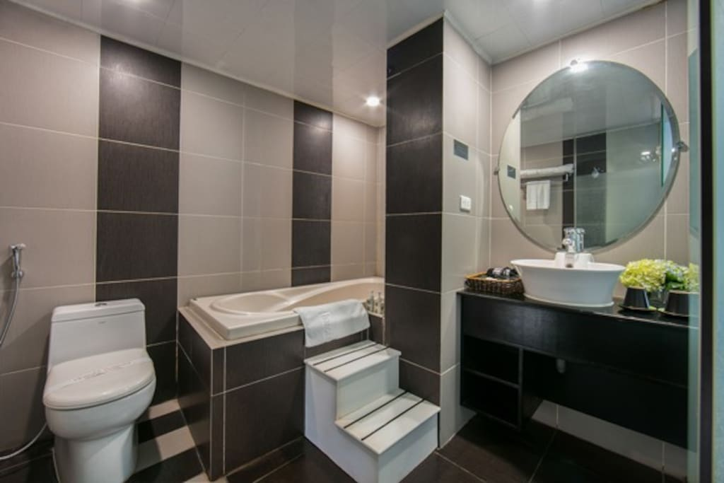 Bathroom with bathtub