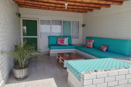 Casa de Playa > Beachfront