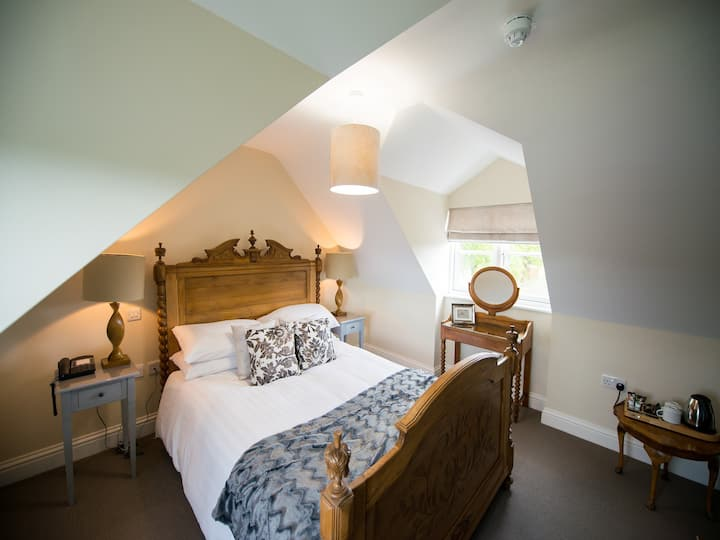 Captain's Cabin - Double En-suite Room