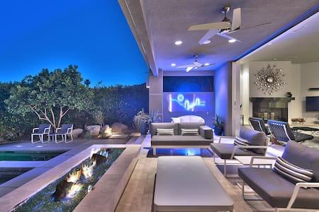 Desert Knoll - Luxury Palm Springs Villa - Palm Springs - Villa