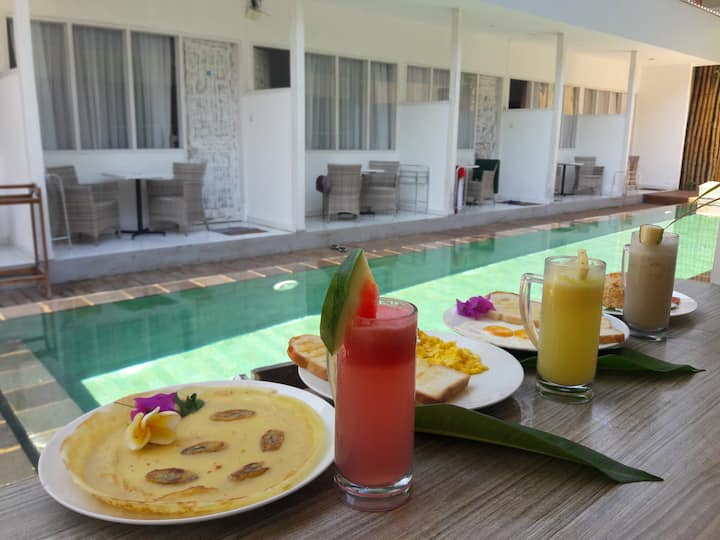 12 minutes from the beach, quiet, breakfast