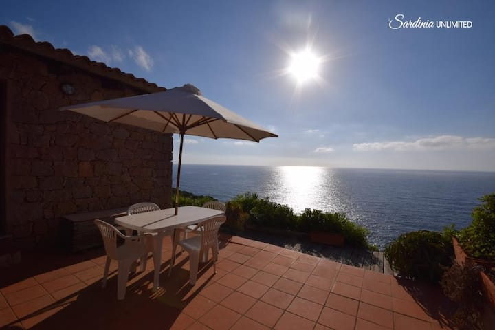 La Macchia from the terrace directly to the sea