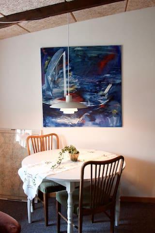 Spisebord / Dining table