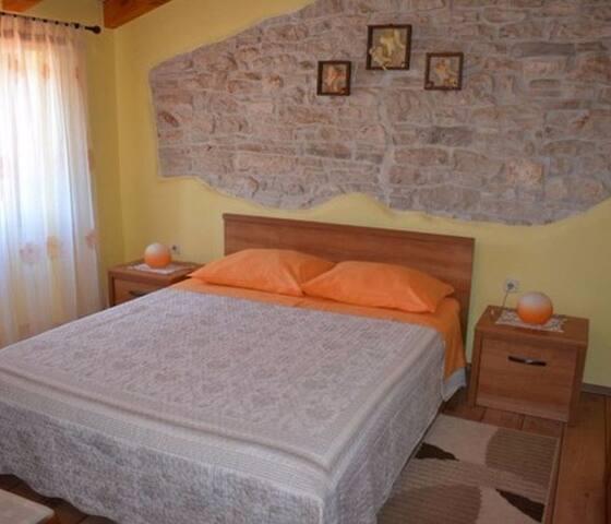 חדר שינה 1