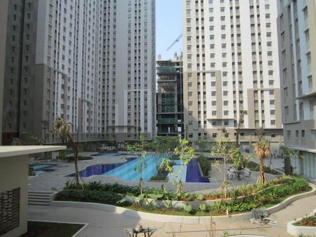 A Home in Jakarta Utara, Apartemen Greenbay Pluit