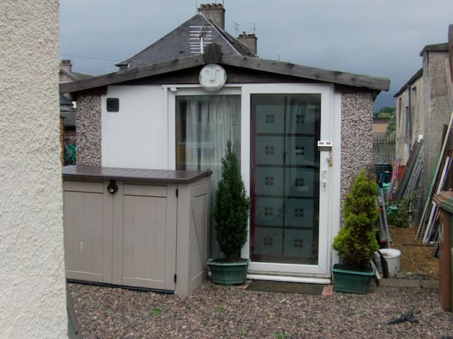 converted garage with extension - Alloa - Other