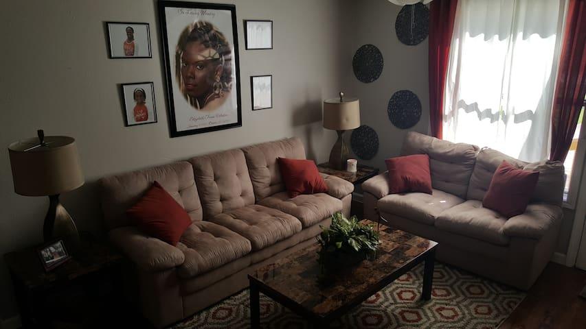 Cozy Fourplex Style Home - Lago Vista - Dům