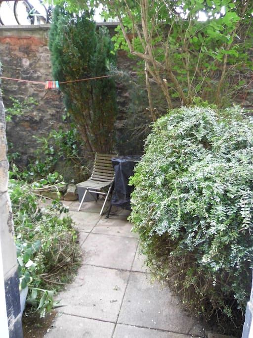 Pleasant and sunny, west facing, private garden