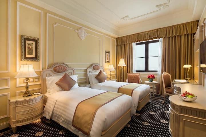澳门励庭海景酒店(Harbourview Hotel)标准双床房或大床房--近渔人码头新四星酒店