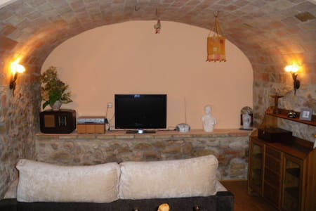 Bonito apartamento Rural - Creixell - Pis