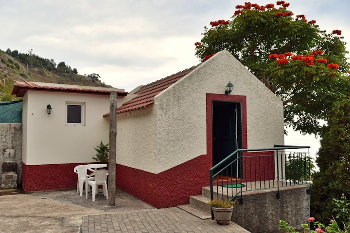 Sunset Studio, a Home in Madeira