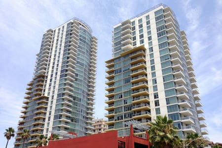 Luxury Condo in Downtown Long Beach
