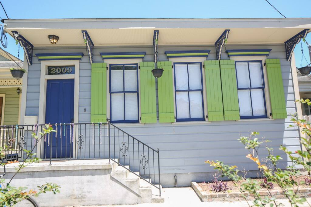 Beautiful, historic renovation with funky New Orleans colors and original windows dating back to the early 1900s.