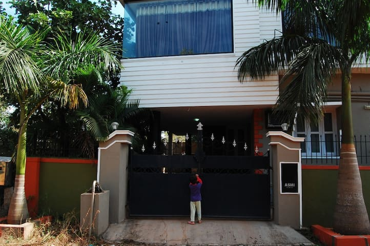 3 Bedroom house with amenities - Manipal - Casa