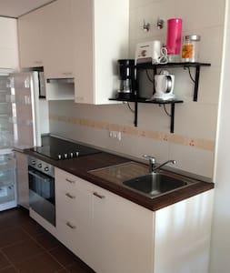Apartamento - Cee - Huoneisto