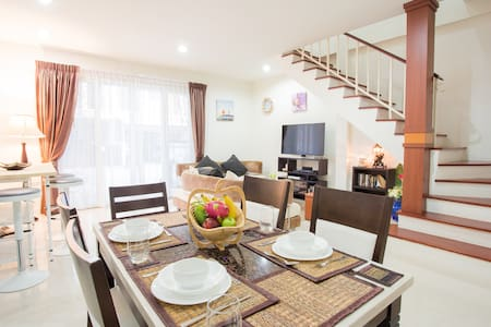 Beautiful 3 Bdrm House With FREE MOTORBIKE Use