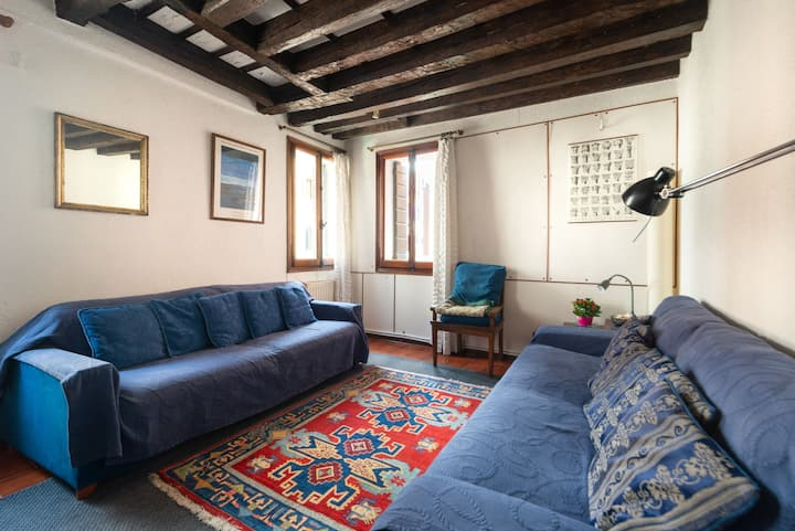 Canalview magic&quiet whole Apt. CadOro-AC-WiFi-CH