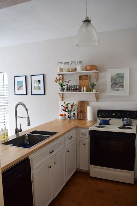 The kitchen is fully equipt with everything you need to feel right at home!