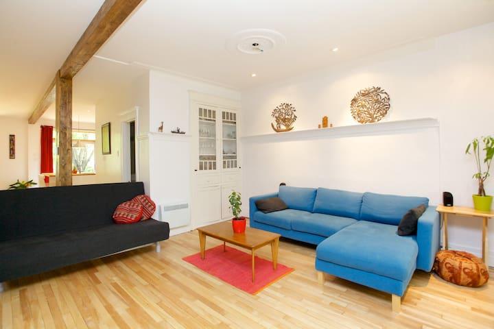 Charmant cottage - มอนทรีออล - บ้าน