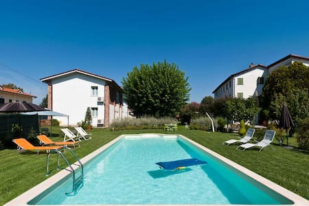 Pleasant flat with pool in Lucca - Lucca - Apartmen