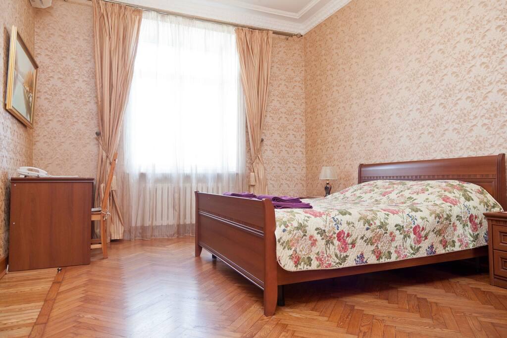 stalin wolkenkratzer barrikadnaja wohnungen zur miete. Black Bedroom Furniture Sets. Home Design Ideas