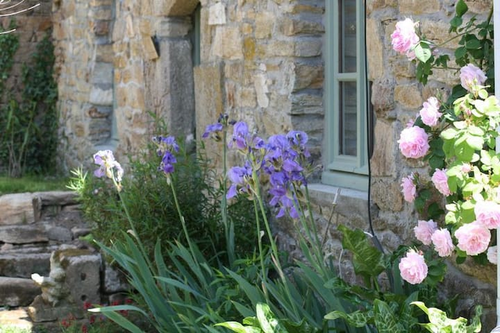 Gîte de charme au calme - Inzinzac-Lochrist - Huis